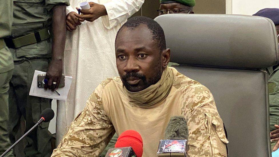 Coup d'État à l'arme blanche manqué au Mali (brève)
