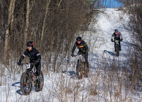 Leaders in the 16-mile race (photo by Jim Wellbrock)