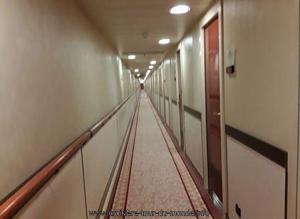 En Navigation visite du Queen Victoria de grands couloirs