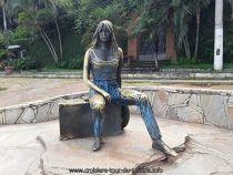 Escale à Buzios au Brésil, la statue de Brigite Bardot