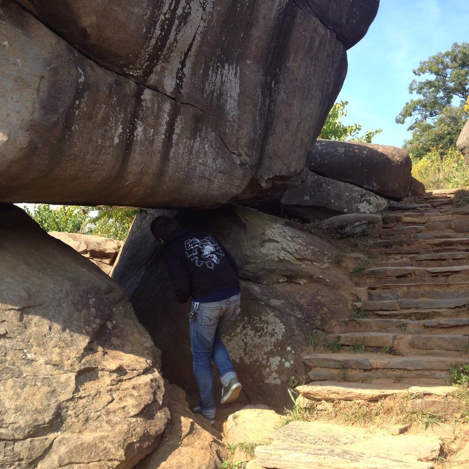 Exploring the Devil's Den boulders in Gettysburg