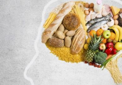 Frica îngraşă: Mâncaţi mai puţin în perioada de izolare
