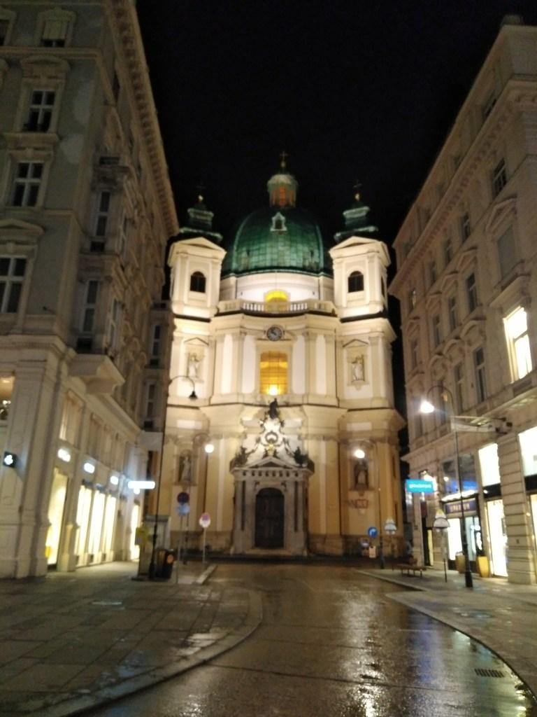 Iglesia de San Pedro (Peterskirche). Al lado de Stephansdom.