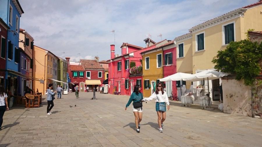 Sol y color en Burano.