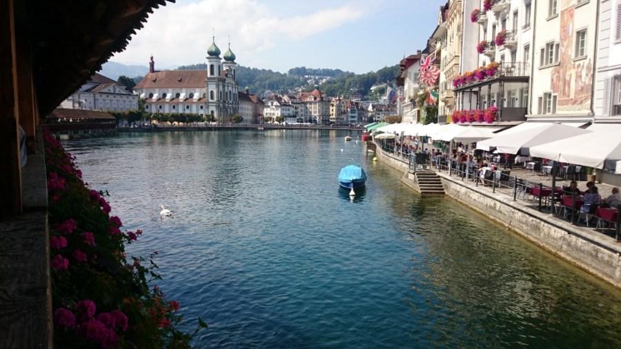 Qué ver en Lucerna. Río Reus desde el Puente de la Capilla.