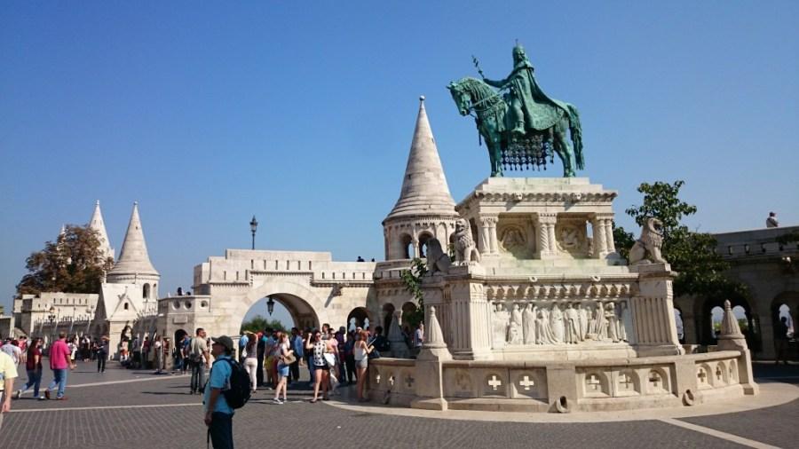 Qué hacer en Budapest, Bastión de los Pescadores  y escultura