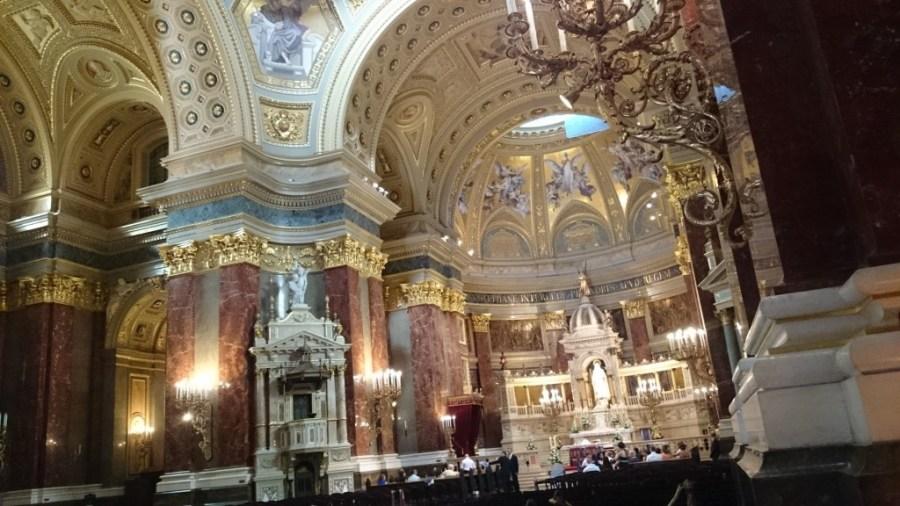 Qué hacer en Budapest, interior Catedral de san Esteban