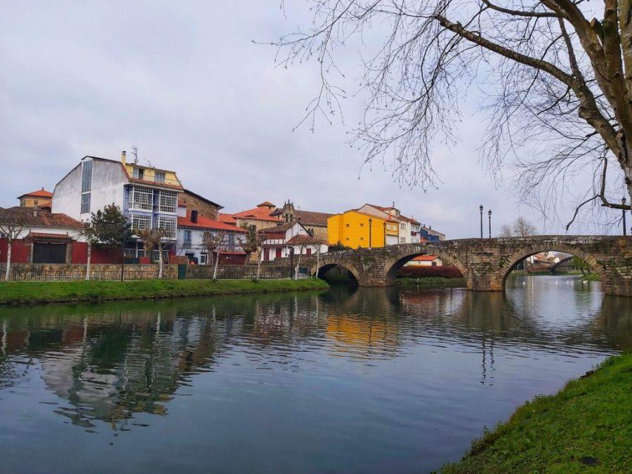 Qué ver en Monforte de Lemos. Puente Viejo.