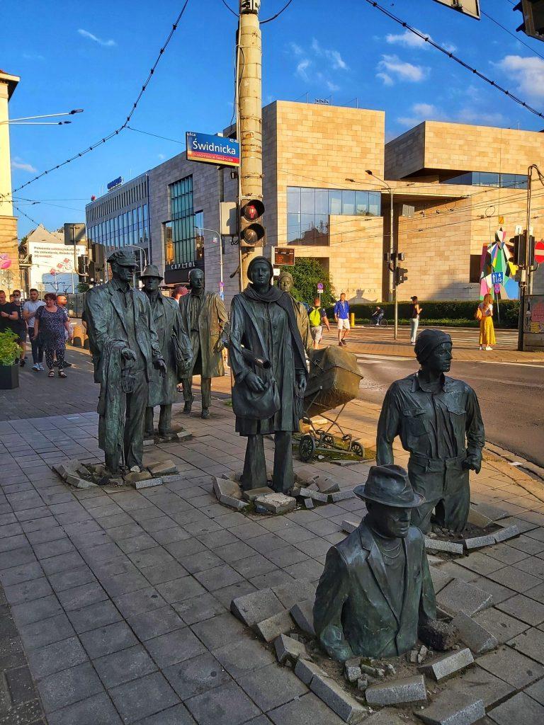 Estatuas callejeras de Wroclaw.