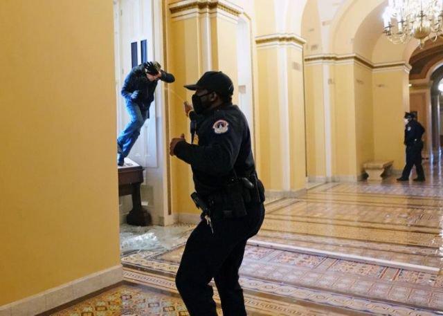 Seguidores de Trump atacan al Capitolio