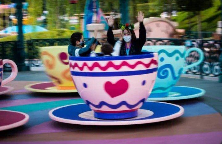 Disneyland reabrirá sus puertas el 30 de abril