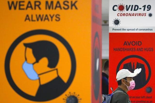 OMS, dejar usar mascarillas no sólo depende del nivel vacunación