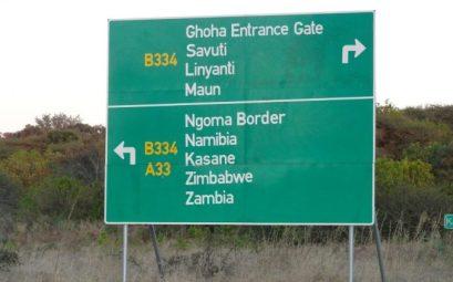 Señal tráfico Kasane, Botswana