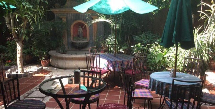 Patio hotel Guatemala