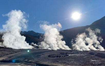 Amanecer en los geysers del Tatio