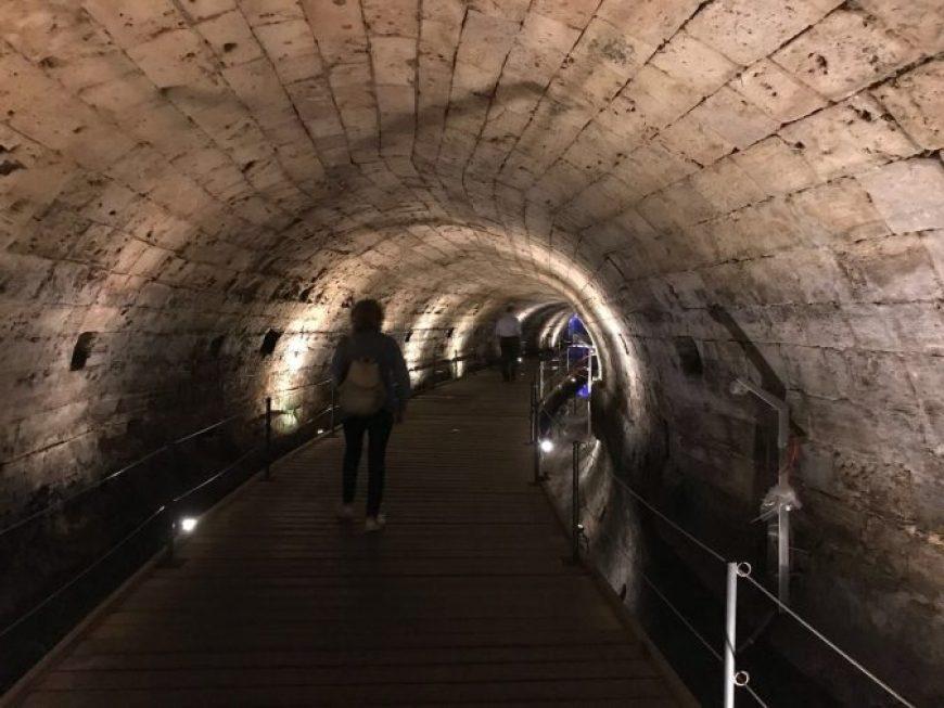 Túnel de los templarios en Acre