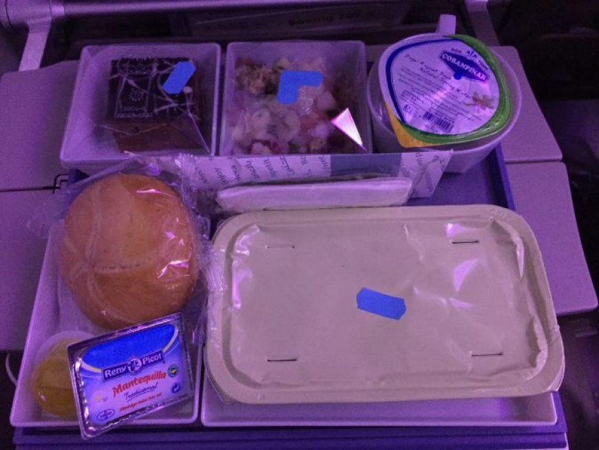 Bandeja comida Saudia Airlines