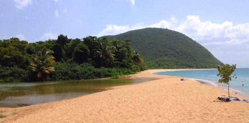 grande-anse, una de las mejores playas de Guadalupe