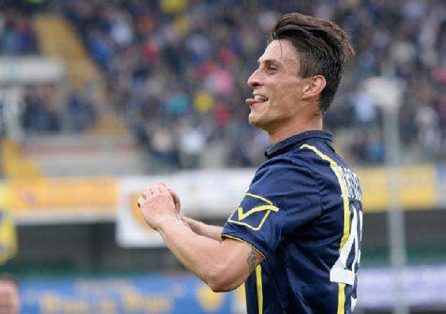 Roberto Inglese, punta clivense è del Napoli ma rimarrà un altro anno a Verona