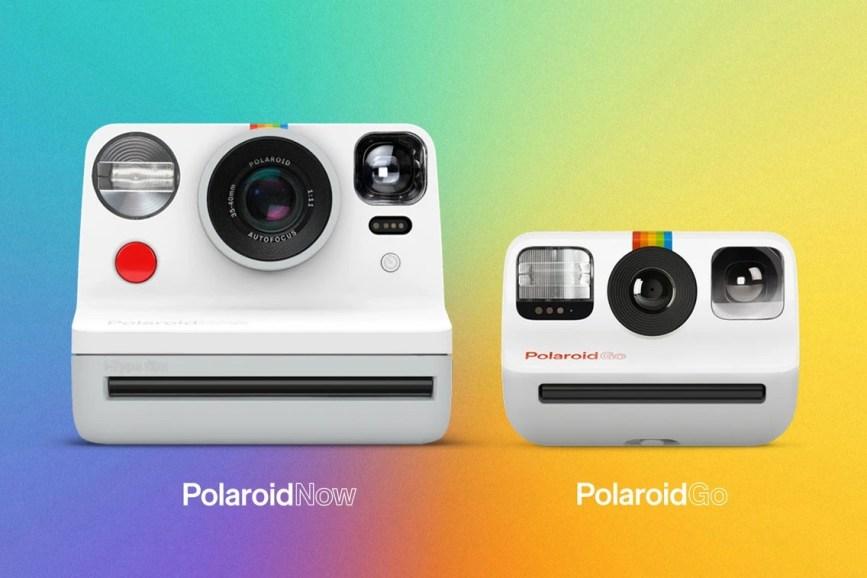 Polaroid ha da qualche giorno annunciato la Polaroid Go, una fotocamera istantanea, compatta, quasi tascabile, progettata come omaggio alla mitica ed iconica, Polaroid One Step a strisce arcobaleno degli anni 60/70.
