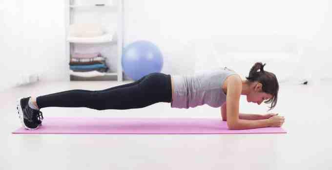 Cómo hacer plank o planchas correctamente - Cronosfit