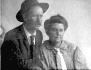 1906, John Knox and his wife, Grace