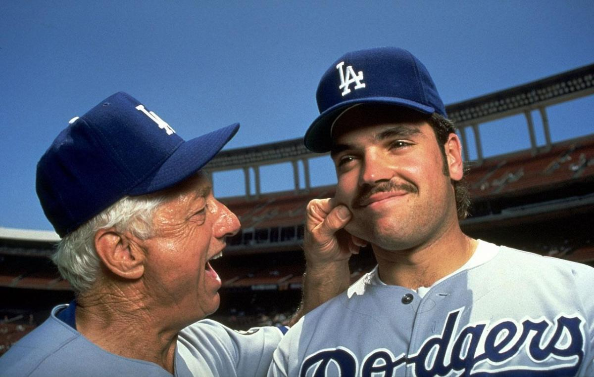 Mike Piazza, the Dodgers, and the Crippling Realities of Fandom