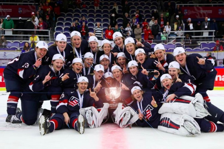 USA Women's Hockey Defeats Dumb Canadian Team