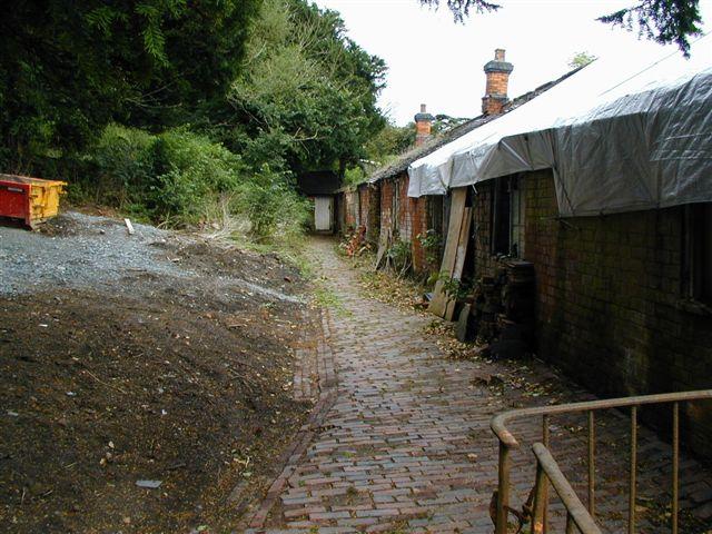2001-back-sheds