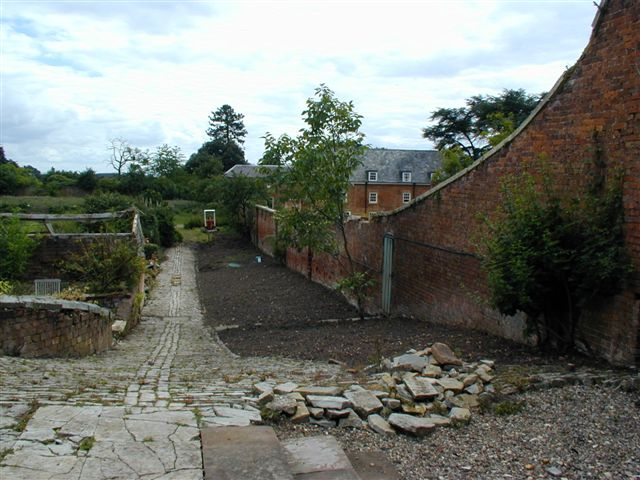 2001-july-26-herb-garden