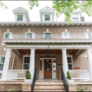 Wardman Colonial - Crestwood