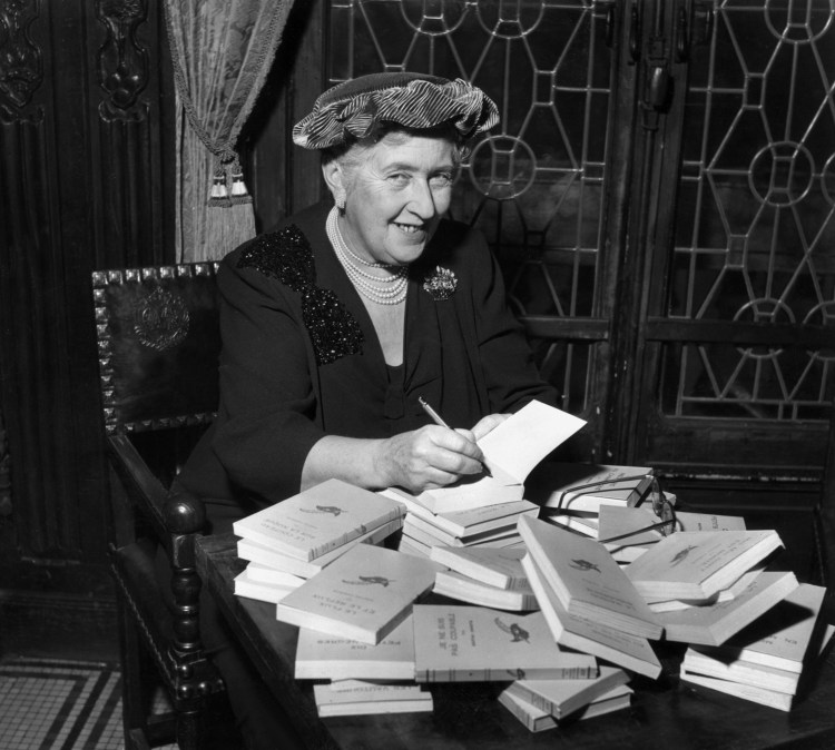 10 Things You May Not Know About Agatha Christie - HISTORY