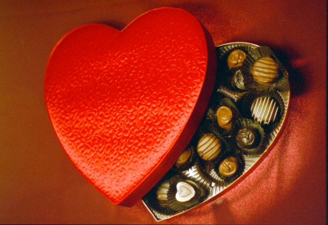 Risultato immagini per The History Of Valentine's Day chocolate