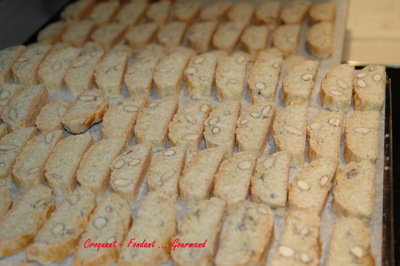 croquants aux amandes de Claudie - decembre 2009 054 copie