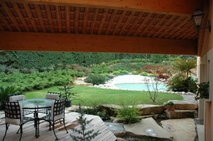 10_1_re_terrasse_devant_piscine