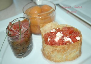 Salade de tomates en habit doré - DSC_2322_10394