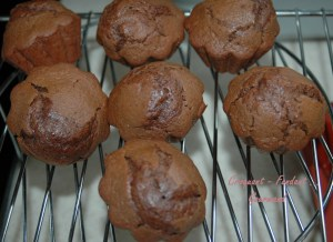 Muffins moelleux au chocolat - DSC_4465_12625