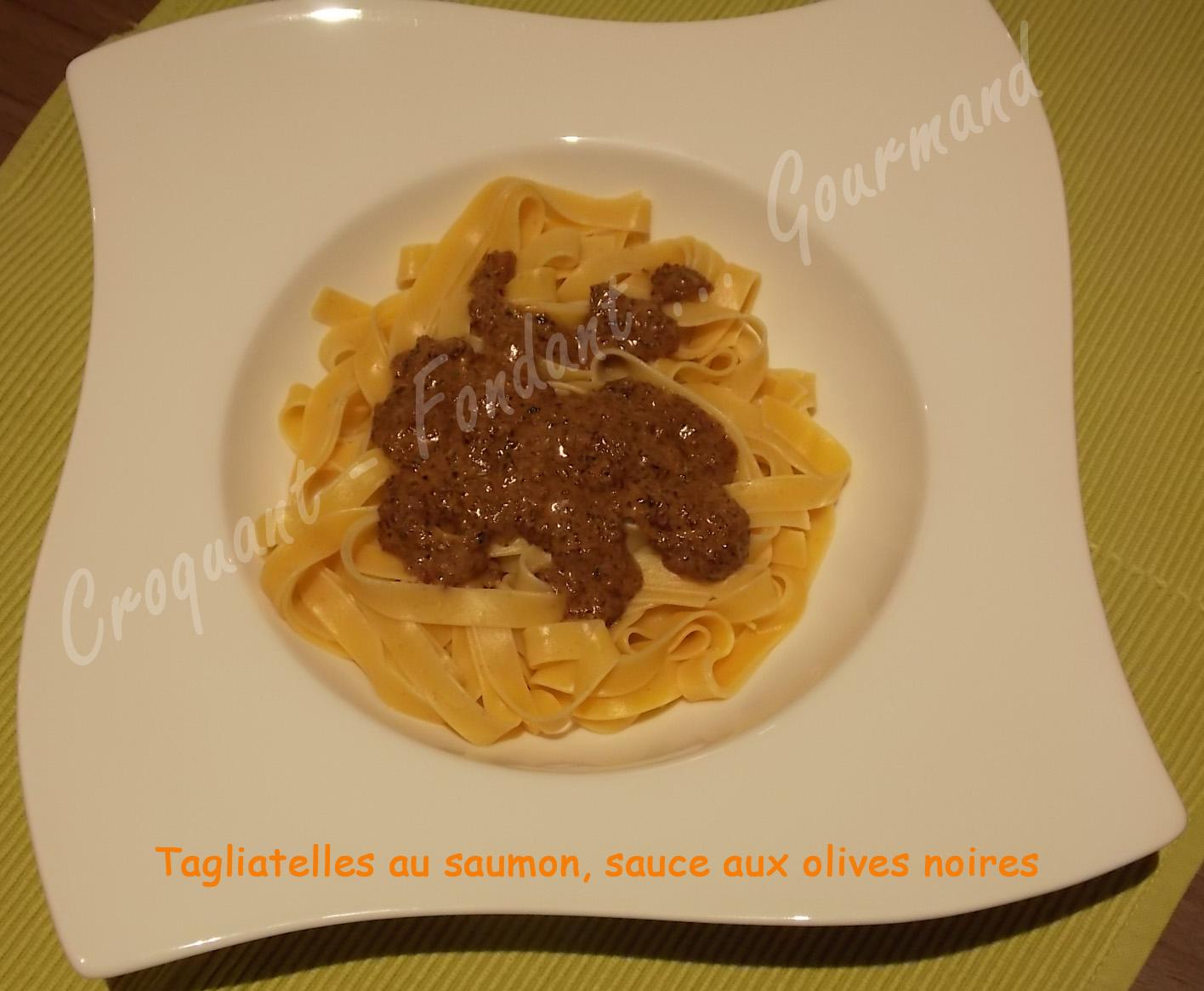 Tagliatelles au saumon, sauce aux olives noires DSCN1924_31587