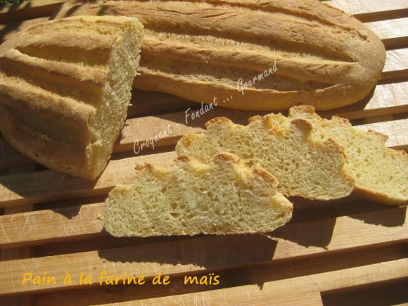 Pain à la farine de maïs IMG_5542_33578