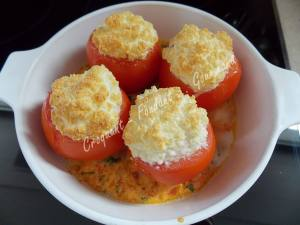 Œuf en nid de tomate DSCN0324