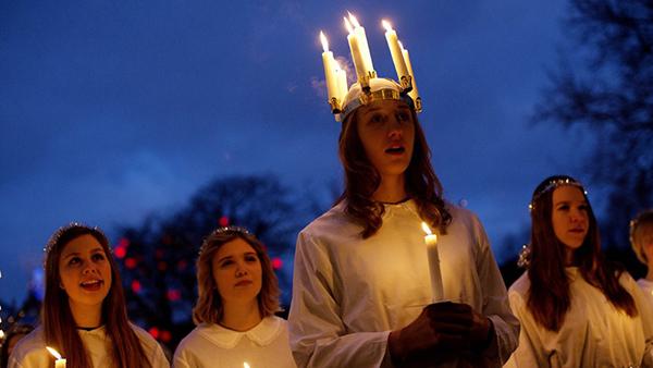 sainte-lucie-en-norvege-luciadagen