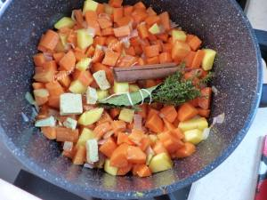Soupe de carottes à la cannelle P1010615