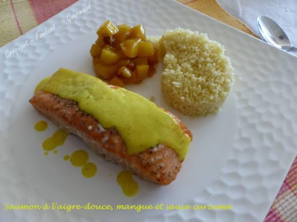 Saumon à l'aigre-douce, mangue et sauce curcuma P1020117