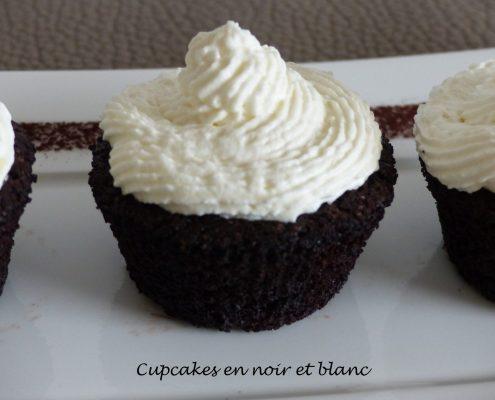 Cupcakes en noir et blanc P1060152 R