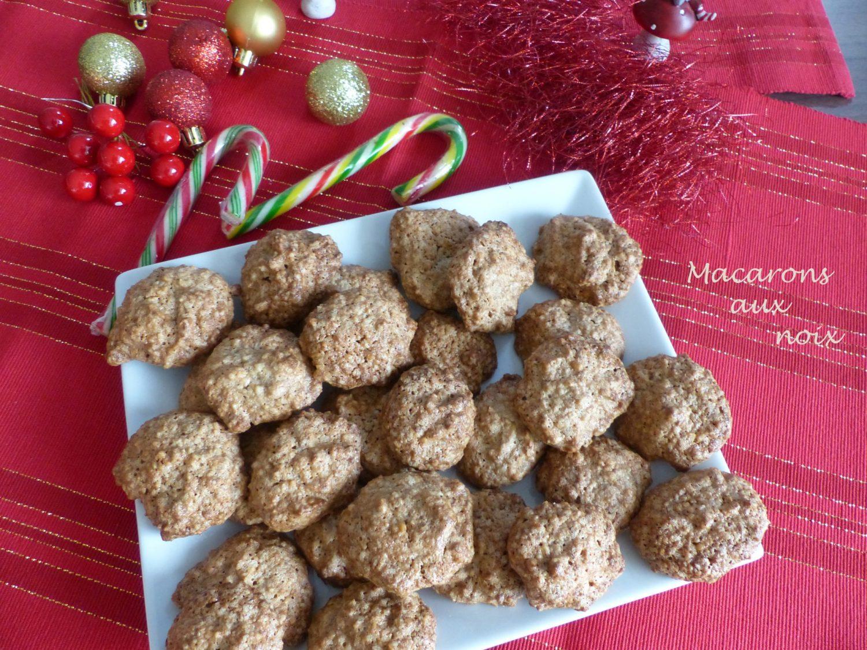 Macarons aux noix P1070123 R