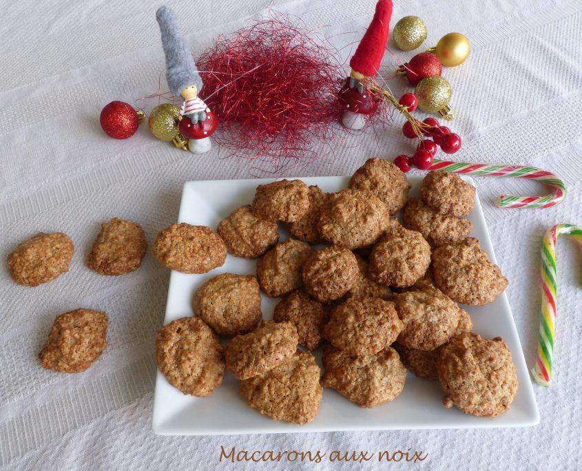 Macarons aux noix P1070136 R
