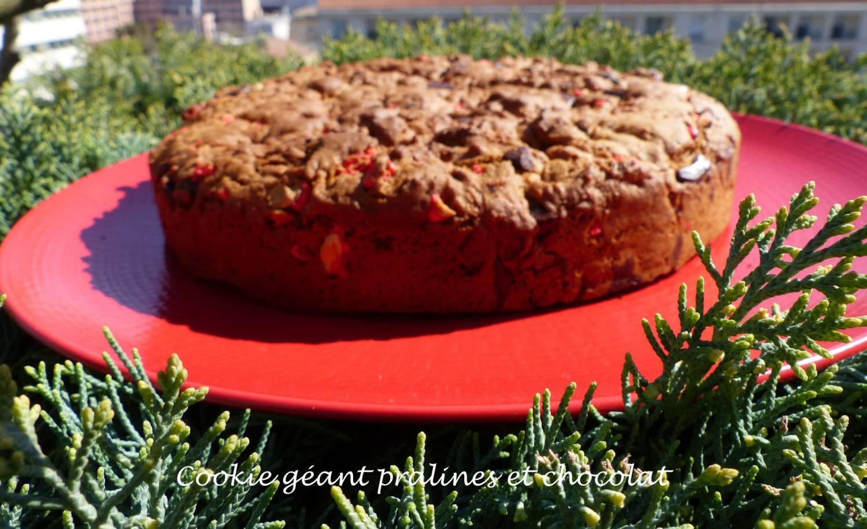 Cookie géant pralines et chocolat P1160850 R
