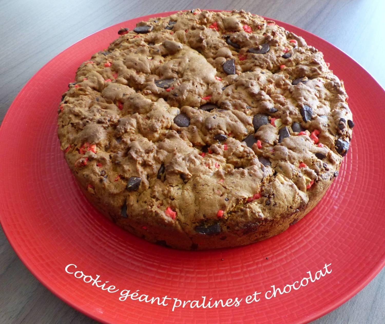 Cookie géant pralines et chocolat P1160853 R