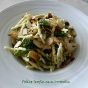 Pâtes trofie aux brocolis P1190937 R