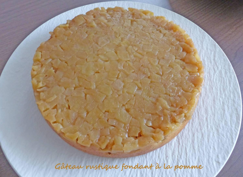 Gâteau rustique fondant à la pomme P1270062 R